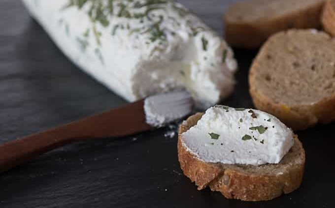 Goat cheese baguette 2